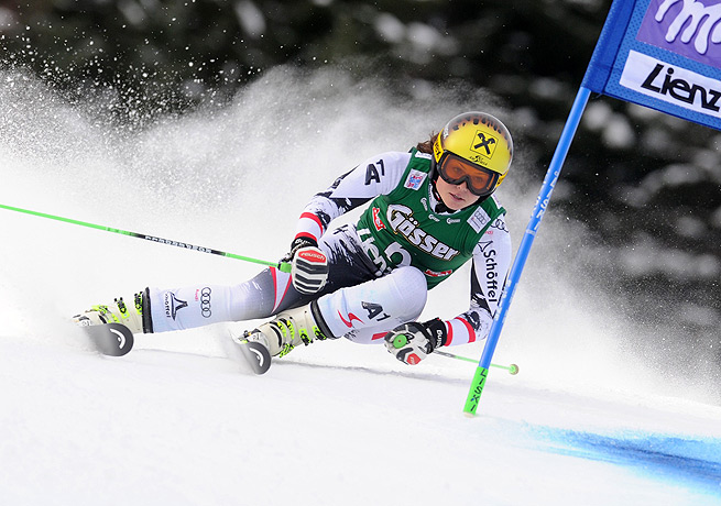 Anna Fenninger raced to her fifth career World Cup victory in her home country of Austria.