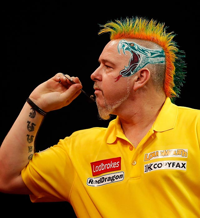 Was England's Peter Wright on target during his third round match against Mike Smith (no, not the guy in the previous slide) at Alexandra Palace in London?