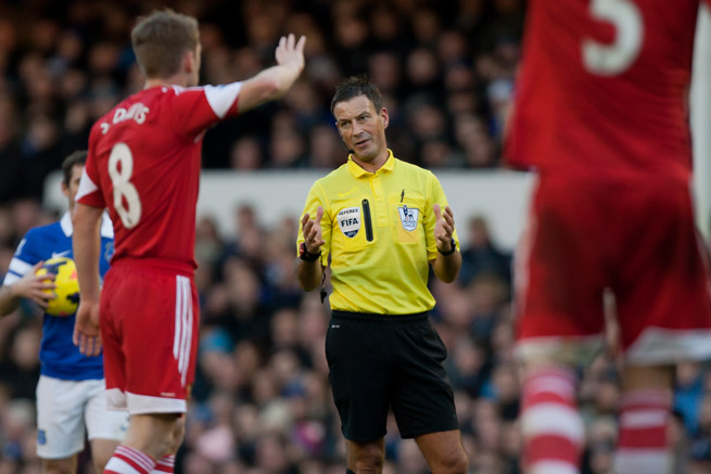 The FA has cleared Premier League referee Mark Clattenburg of wrongdoing after he was accused of insulting Southampton's Adam Lallana.