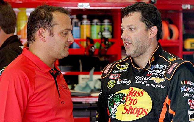 Former crew chief Greg Zipadelli says Tony Stewart needs to be told things he doesn't want to hear.