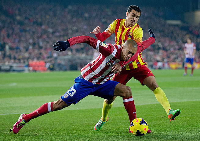 Pedro (top) and Barcelona couldn't break through and settled for a draw against Atletico Madrid.