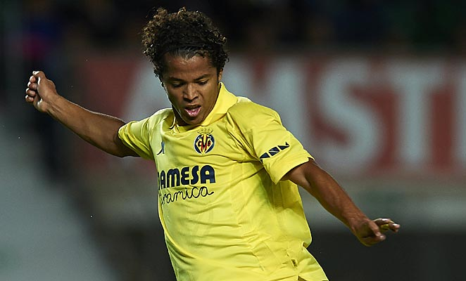 Giovani Dos Santos scores two goals and set up another in Villarreal's win on Monday.