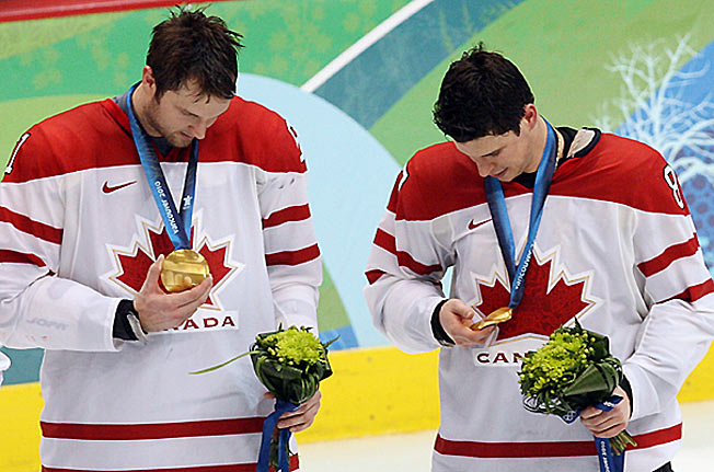 Sidney Crosby will again team with the Rangers' Rick Nash (left) in a quest for more gold.