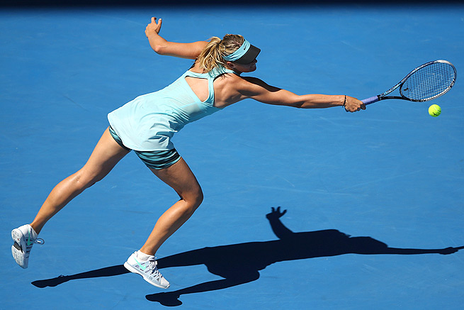 Maria Sharapova survives a test from both Karin Knapp and the Australia heat, winning 6-3, 4-6, 10-8.