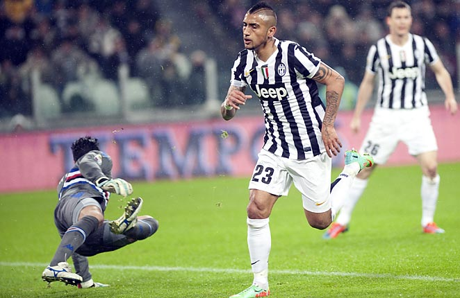 Arturo Vidal scored twice as Juventus fought off a spirited Sampdoria side at home on Saturday.