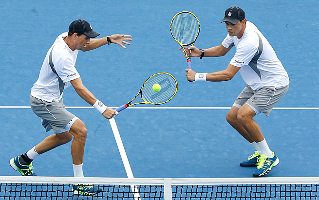 Bob and Mike Bryan lost in the third round of the Australian Open, their earliest exit since 2003.