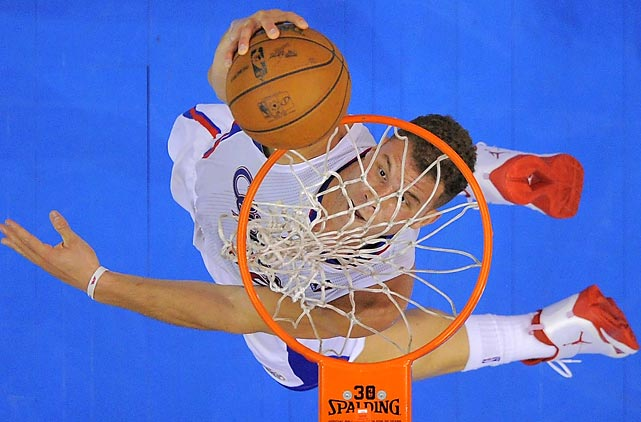 Los Angeles Clippers forward Blake Griffin dunks during a Wednesday game between the Clippers and Wizards. Griffin netted 29 points in a 110-103 victory for Los Angeles.