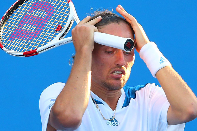 Sixth-seeded Alexandr Dolgopolov of Ukraine lost to Daniel Gimeno-Traver of Spain in the first round of the Royal Guard Open.