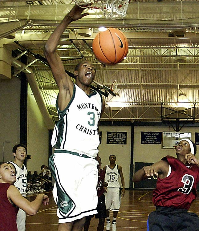 Durant earned the 2006 All-Met Player of the Year Award at Montrose Christian after a season at Oak Hill, and was rewarded with a scholarship to the University of Texas.