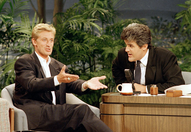 Wayne Gretzky appeared on <italics>The Tonight Show</italics> shortly after the NHL great's trade from the Edmonton Oilers to the Los Angeles Kings. Leno guest hosted the program that night and talked to the new L.A. resident.