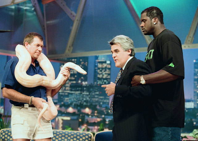 Shaq kept his distance from the snake draped around animal expert Jules Sylvester's neck on <italics>The Tonight Show</italics>.