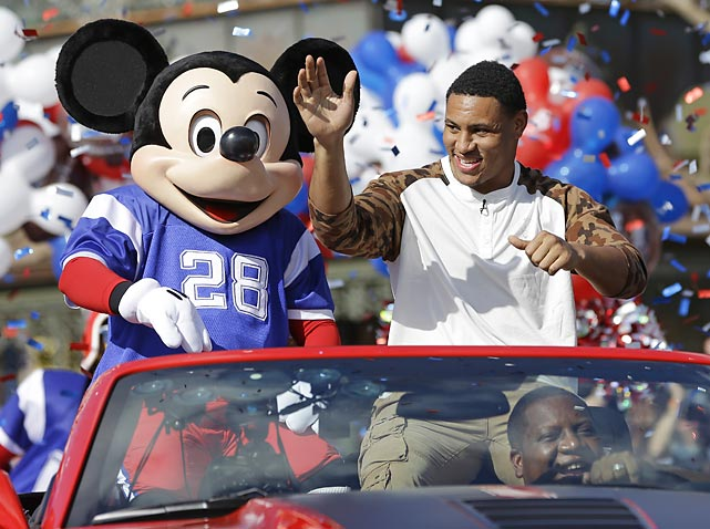 All NFL players aspire to reach the pinnacle of their profession, which is riding in a car with a large rodent at Walt Disney World. Seahawks linebacker Smith was the lastest to live the dream after his team slipped the Broncos a Mickey in Super Bowl XLVIII.