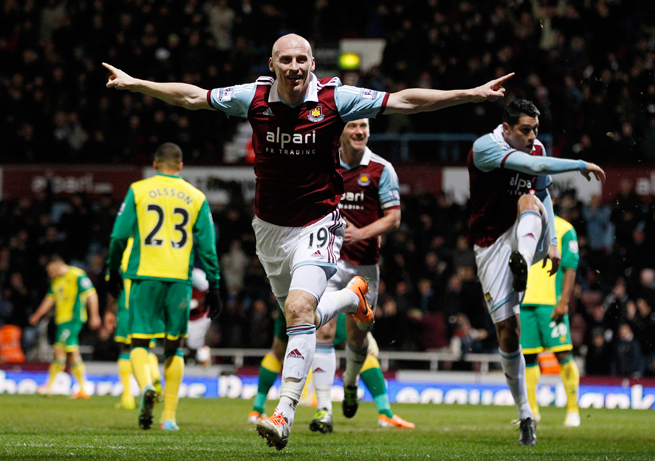 West Ham's James Collins (19) celebrates his goal that helped the club to a 2-0 win over Norwich City Tuesday.