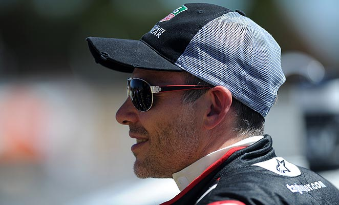 Jacques Villeneuve will race in the Indianapolis 500 for Schmidt Peterson Motorsports.