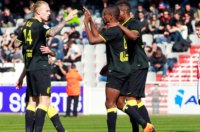 Salomon Kalou scored a hat trick to help Lille edge out Ajaccio with a 3-2 win.