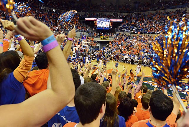 University of Florida students cheer during a basketball game against Kentucky on Saturday. The Gators won 84-65 to clinch an undefeated season in conference play and finish the regular season 29-2 overall.