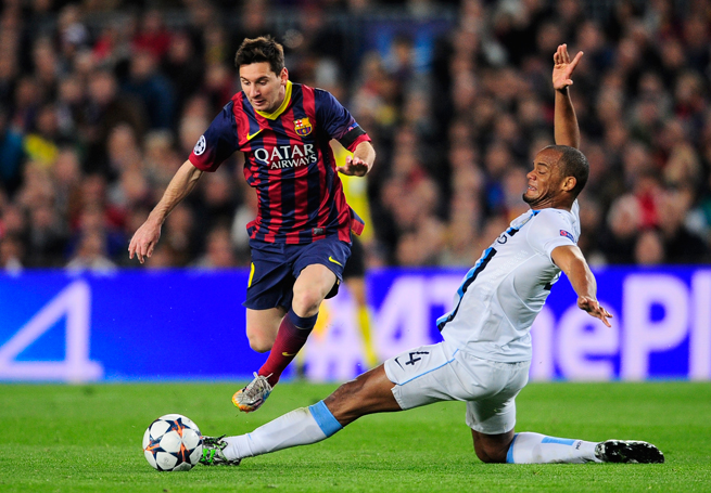 Barcelona star Lionel Messi evaded Manchester City's Vincent Kompany and his teammates, scoring the decisive goal in the teams' Champions League last 16 second leg.