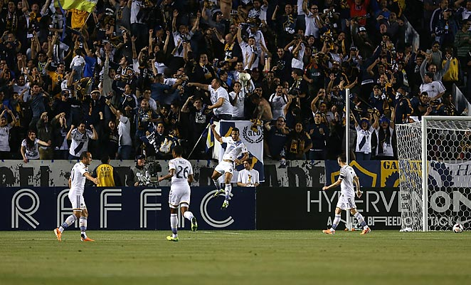 Samuel scored his first goal for the Galaxy after a layoff by Robbie Keane in the 11th minute.