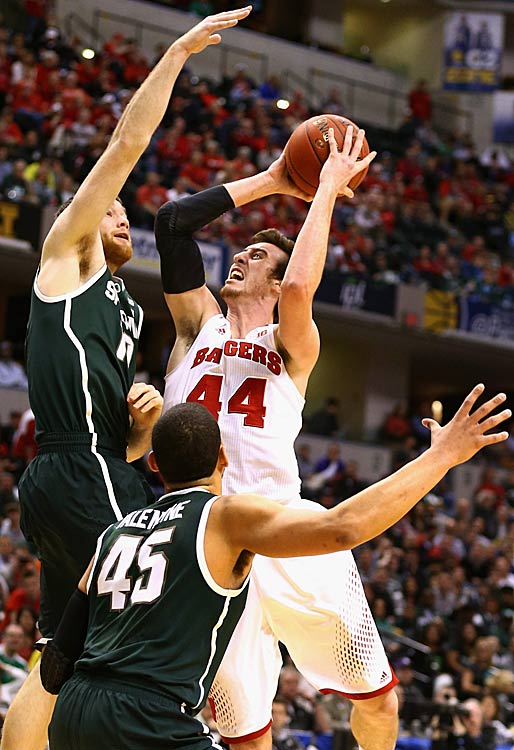 Leading Scorer: Frank Kaminsky (13.6 ppg., pictured) Leading Rebounder: Frank Kaminsky (6.4 rpg.) Leading Passer: Traevon Jackson (4.7 apg.) Bad Losses: @ Indiana, Northwestern Good Wins: Florida, St. Louis, @ UVA, Iowa (twice), Michigan, Michigan State