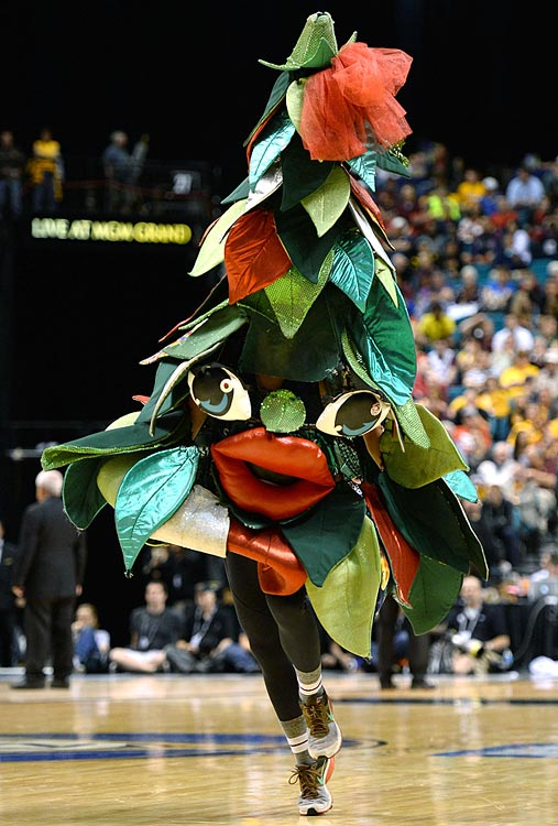 Your fever dreams are brought to life every time the Tree saunters onto the court. No, you didn't forget to take your medication today. This is real, and it is terrifying.