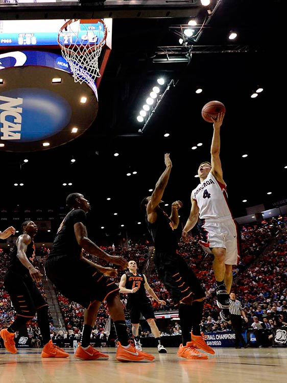 Kevin Pangos (4) poured in 26 points, including hitting 12 of 14 free throws,in helping Gonzaga move on to play top-seeded Arizona on Sunday.