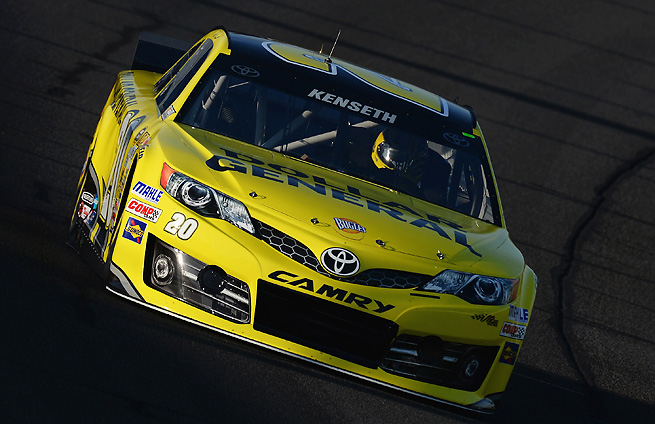 Matt Kenseth edged Brad Keselowski to secure the pool for Sunday's race in Fontana.