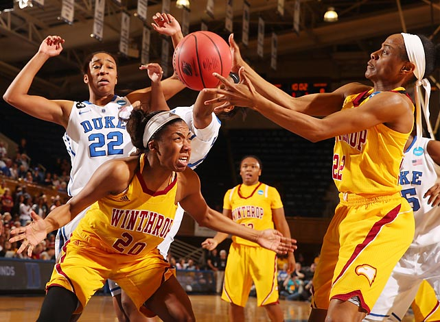 Winthrop's Taylor Calvert (20) and Dequesha McClanahan scramble to get the ball against Duke in round one of the NCAA tournament.