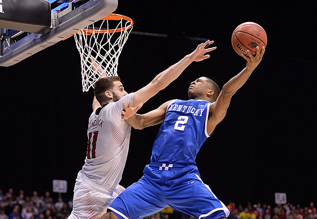 Aaron Harrison didn't shoot well from the field, but hit the biggest shot of the night for Kentucky.