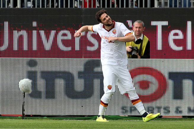 Roma forward Mattia Destro, who scored a hat trick against Cagliari, has been banned three games for punching an opponent in the same game.