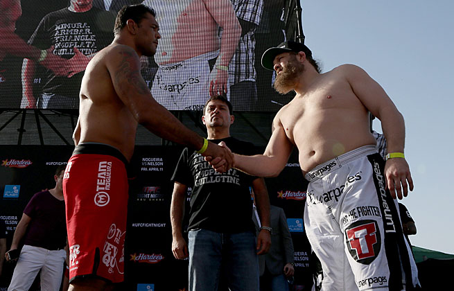 Antonio Rodrigo Nogueira (left) likely saw his career come to an end at the hands of Roy Nelson.