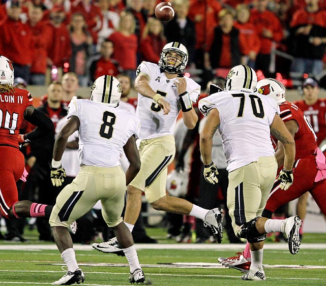 Blake Bortles was a bit of a hot name last season, when he helped engineer wins over Penn State, Louisville and Connecticut. He really hit the national radar when the Knights ruined Louisville's chance for a perfect season with a 38-35 win in a game in which they had been down 28-7 in the third quarter. But the crushes really started when draftniks broke down Bortles' tape after the season was done and saw the paradigm of what many believe the ultimate, optimal NFL quarterback to be -- a big (6-foot-5, 232 pounds) guy who can sling the ball downfield and make plays with his mobility. <italics>Draft projection: Top 10</italics>