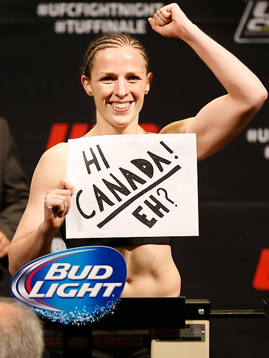 Canada's Sarah Kaufman saluted her countrymen while weighing in at Quebec City's Colisee Pepsi before her Ultimate Fighting bantamweight bout vs. Leslie Smith of the USA. Kaufman gave Smith the Great White what-for and was rewarded with a unanimous decision to move on to the next frame.