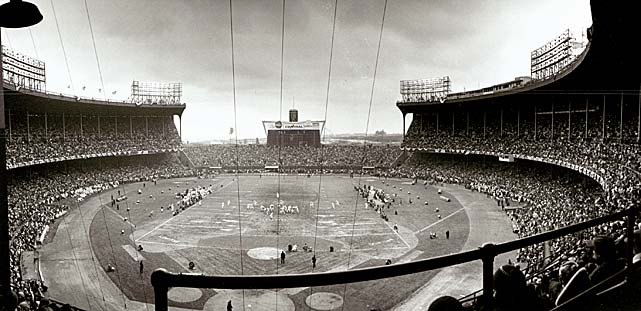 A view of Cleveland Municipal Stadium as the Baltimore Colts take on the Cleveland Browns for the NFL Championship Game. The Browns won 27-0.