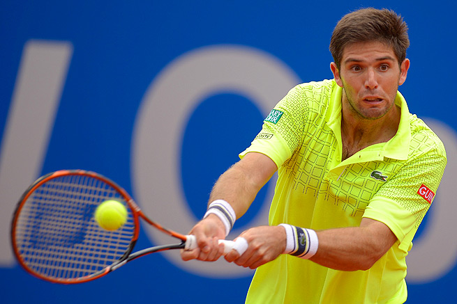 Federico Delbonis, who lost in the first round at Monte Carlo, rebounded by beating Nikolay Davydenko.