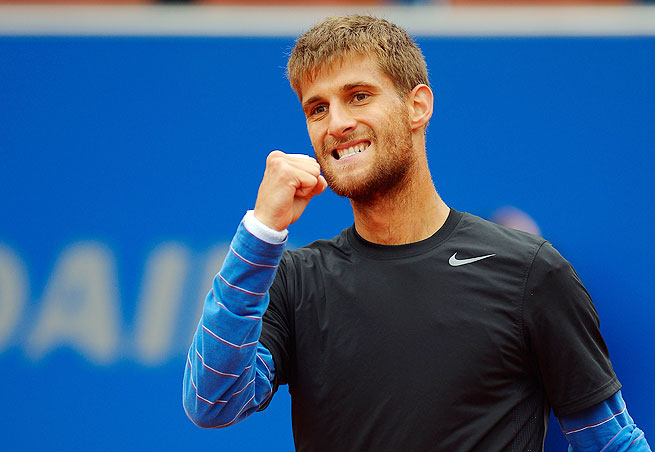 Unseeded Martin Klizan advanced to the BMW Open final with a 6-3, 6-2 win Saturday.
