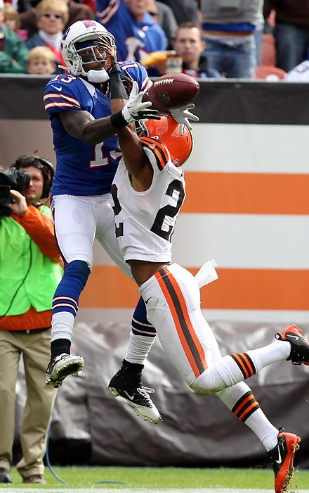 Though his end zone behavior and Twitter activity have drawn their share of scrutiny, Steve Johnson was a find for Buffalo in the seventh round out of Kentucky. He earned a starting position two seasons later and enjoyed a breakout season in 2010, making 82 catches for 1,073 yards and 10 touchdowns, the first in a string of three straight 1,000-yard campaigns.