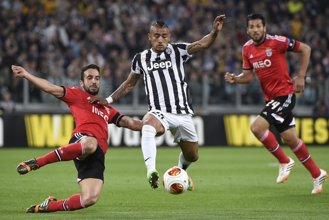 Juventus and Chile midfielder Arturo Vidal, center, is set to undergo arthroscopic knee surgery just five weeks before the World Cup.