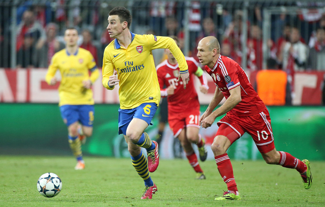 Defender Laurent Koscielny (6) has signed a new deal with Arsenal.
