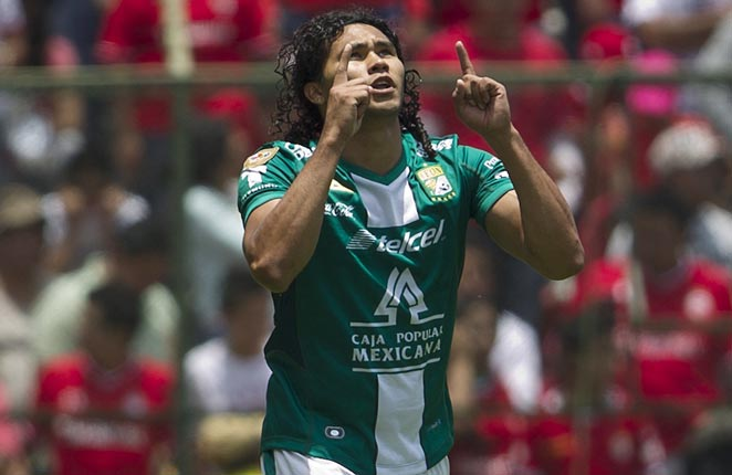Mexico international Carlos Pena scored Leon's only goal in its second-leg win over Toluca.