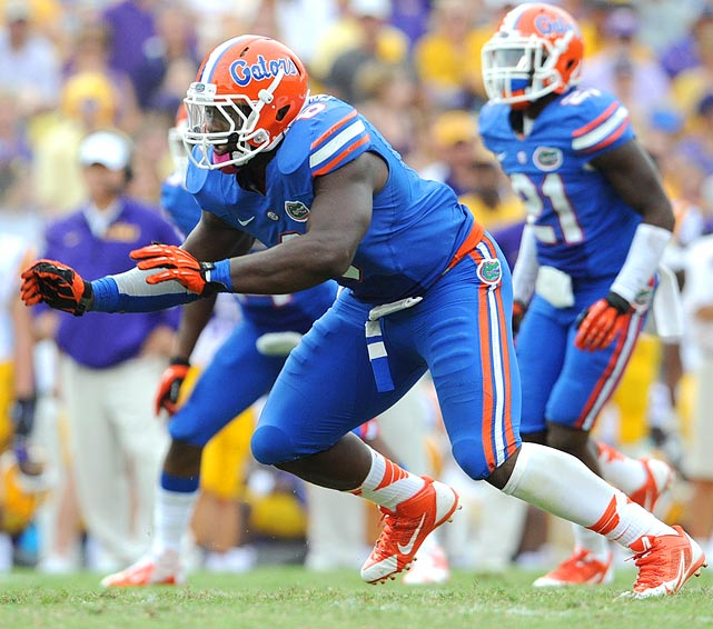 Fowler (6-3, 277) converted from his high-school DE spot to a hybrid linebacker in Florida's scheme. Last season, he recorded 10.5 tackles-for-loss and 3.5 sacks. He has the athleticism to play out wide in the NFL, though Fowler may also be big enough to kick down inside to push the pocket from there.