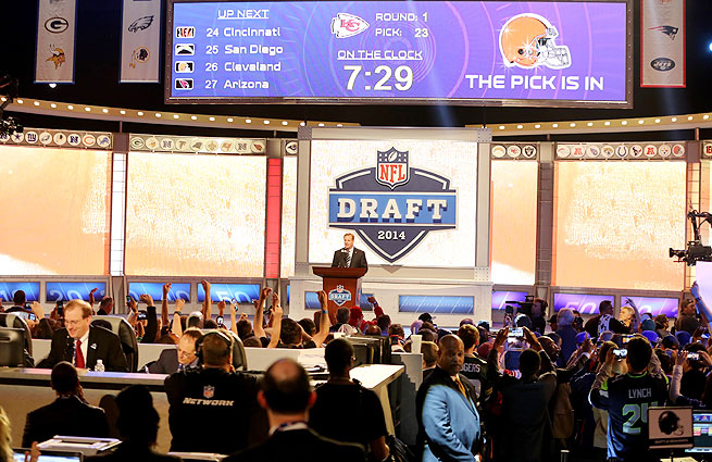 The NFL will discuss the site and date of the 2015 NFL draft at its spring owners' meeting in Atlanta.