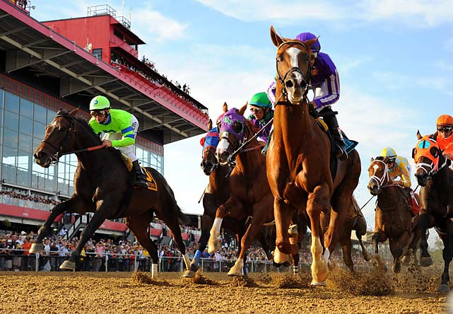 Espinoza tucked California Chrome into third, an ideal spot behind the leaders. They stayed there until making their move approaching the final turn.