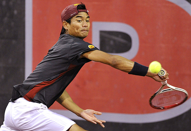 Ray Sarmiento defeated Axel Alvarez 6-4, 7-6 to win the No. 2 singles in the national championship.
