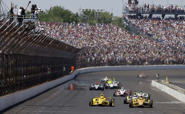 Only the 1992 race had a closer finish than the 2014 event -- when Al Unser Jr. beat Scott Goodyear by 0.043 seconds.