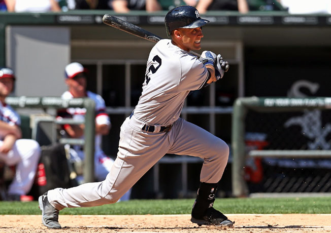 Derek Jeter went 4-for-5 with a triple, a run scored and two RBI in Sunday's 7-1 win over the White Sox.