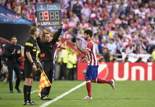 Atletico Madrid and Spain forward Diego Costa is an injury doubt for the World Cup as he deals with a hamstring tear.