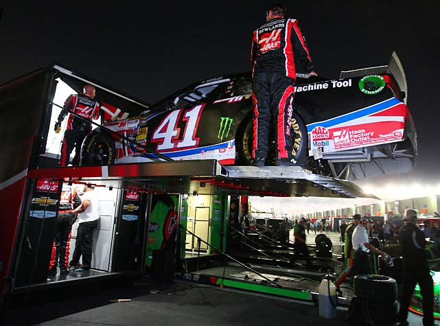 Busch's crew puts his car on the hauler. <bold><italics>Read more about Busch in this week's isue of SI.</italics></bold>