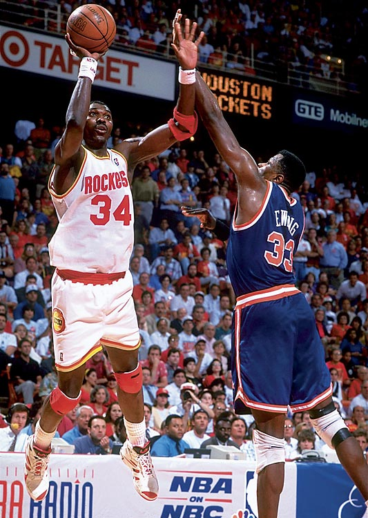 Star centers Hakeem Olajuwon of the Rockets and Patrick Ewing of the Knicks duked it out in 1994 in a series that went seven games.