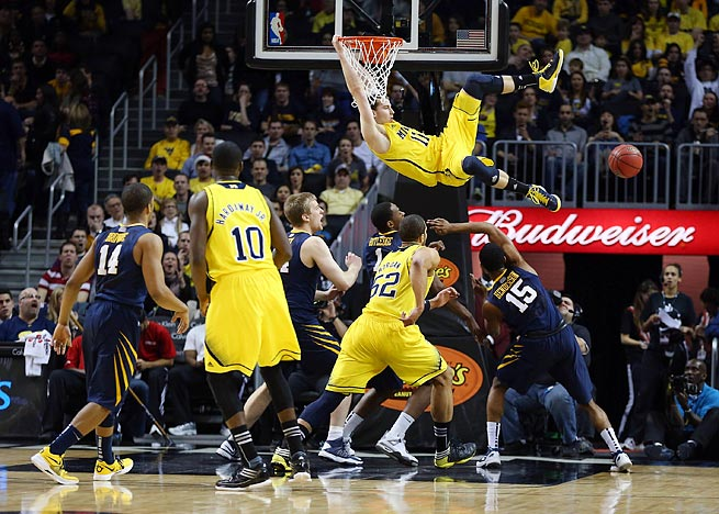 Nik Stauskas' vertical leap measured 35½ inches at the NBA draft combine this month.