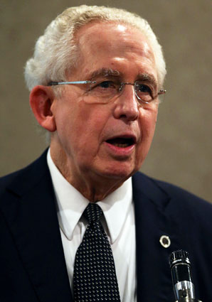 Mike Slive and the other power-five conference commissioners want autonomy from the NCAA.